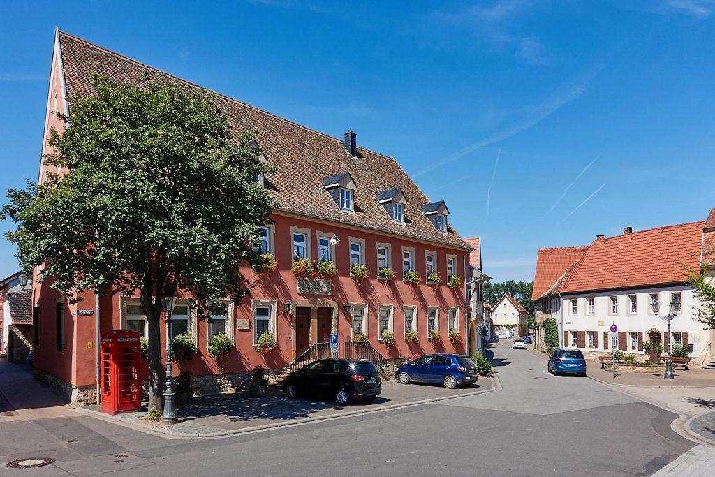 Infothek, Ortsmuseum & Rathaus Flonheim