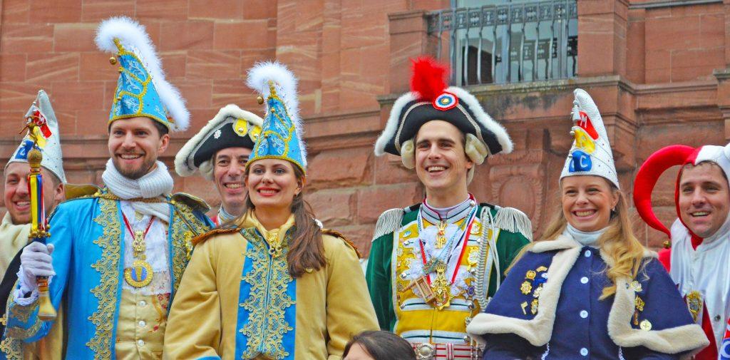 Mainzer Prinzenpaar 2020 mit Hofstaat