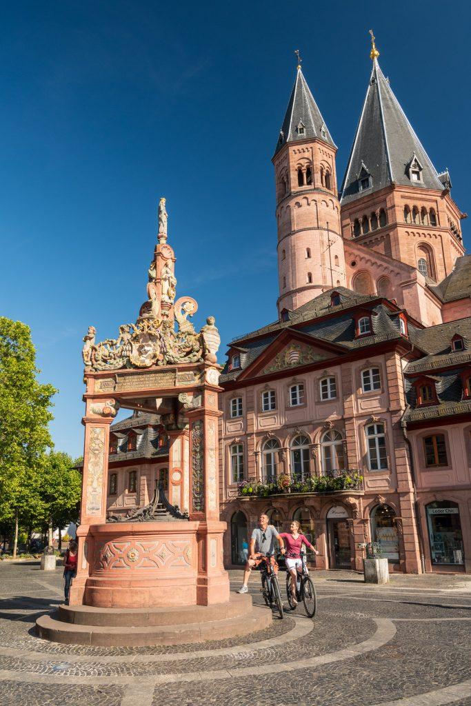 Der Dom St. Martin zu Mainz in Rheinhessen